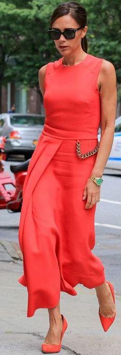 The Zoe Report - Victoria Beckham - Monochromatic Red Ensemble Fall Celebrity Street Style Inspo