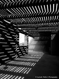 40 Best Black and White Photography examples from top photographers Light And Shadow Photography, Monochrome Photography, Abstract Photography, Black And White Photography, Street Photography, Wedding Photography, Photography Lessons, Photography Lighting, Photography Gallery