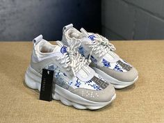 Versace Versace Autumn Winter New Men Women Fashion Trend Thick Bottom Low To Help Casual Shoes 18059955283 Versace Sneakers, Versace Shoes, Versace Versace, Casual Sneakers, Air Max Sneakers, Casual Shoes, Shoes Sneakers, Versace Fashion, Fashion Shoes