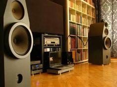 Time Aligned Speakers....