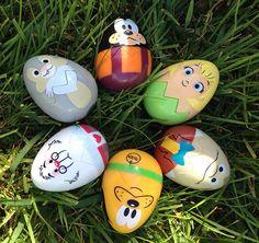 Spring 2015 at Walt Disney World - Easter egg hunt. Click for more spring events at #WaltDisneyWorld!