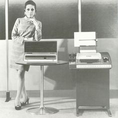 Qué tal las máquinas? Estos son los adelantos tecnológicos y ella está orgullosa de tenerlos!