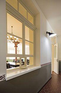 Litoměřice - káva s párou Bathroom Lighting, Windows, Mirror, Furniture, Home Decor, Pictures, Bathroom Light Fittings, Bathroom Vanity Lighting, Decoration Home