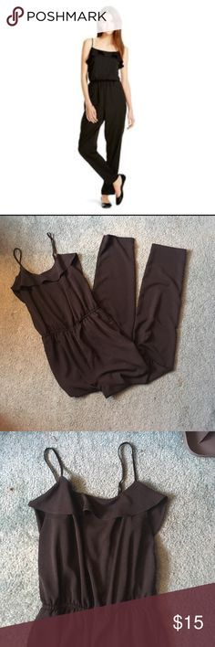 Jumpsuit Worn a couple of times but still in excellent condition! No rips, stains or holes. Fits true to size. Has a 29 inch inseam and two pockets. Straps are adjustable. Waistband does give. Mossimo Supply Co. Pants Jumpsuits & Rompers