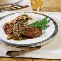 strip-steaks-with-mushroom-sauce-recipe