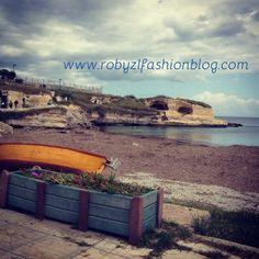 Bisognerebbe real.mente essere come il #mare, il #cielo ed il #vento. #Liberi #Free - new #post now on www.robyzlfashionblog.com #sea #santandrea #salento #weareinpuglia #robyzl #serendipity