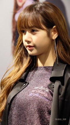Lisa With Nona9on