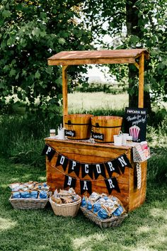 Popcorn Bar For Wedding // Bride In Floral Dress By Stephanie Allin Festival Wedding With Food Trucks & Outdoor Ceremony With Geo Dome Tent Baya Hire Epic Love Story Photography The Effective Pictures Festival Garden Party, Festival Themed Party, Festival Wedding, Food Truck Wedding, Wedding Catering, Food Truck Party, Popcorn Bar, Summer Party Decorations, Festival Decorations