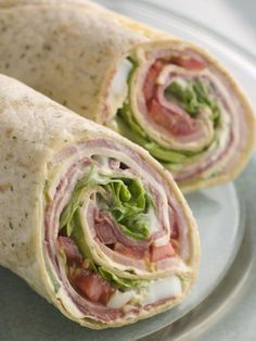 Easy Healthy Recipes: Simple Wrap and Sandwich Recipes It's a Wrap!: 18 Healthy Recipes for Wraps and SandwichesIt's a Wrap!: 18 Healthy Recipes for Wraps and Sandwiches Low Carb Wraps, Healthy Wraps, Healthy Foods To Eat, Easy Healthy Recipes, Healthy Snacks, Healthy Tortilla Wraps, Chicken Bacon Ranch Wrap, Chicken Wrap Recipes, Tortilla Rolls