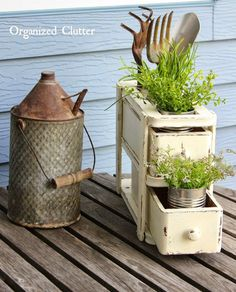 DIY Repurposed Vintage Sewing Machine Drawers into Rustic Planter!