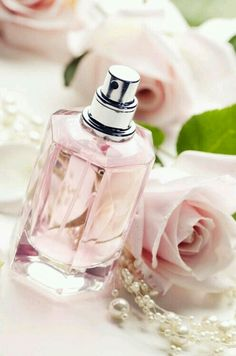 perfume tt - beauty and fragrance Couleur Rose Pastel, Pastel Pink, Blush Pink, Pastel Style, Just Girly Things, Perfume Chanel, Pink Perfume, Flower Perfume, Girl Swag