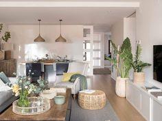 Kave Home, Cheap Home Decor, Home Decor, Diy Apartment Decor, Home Deco, Living Room Decor Modern, Living Decor, Interior Deco, Cozy Room Decor