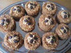 Hazelnootschuim gebakjes