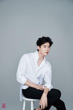 You are a role model Lee Jong-suk Lee Joon, Lee Dong Wook, Han Hyo Joo, Jung So Min, Korean Star, Korean Men, Lee Jong Suk Wallpaper, Park Bogum, Kang Chul