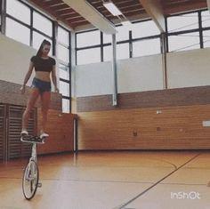 GIF Bicycle acrobatics