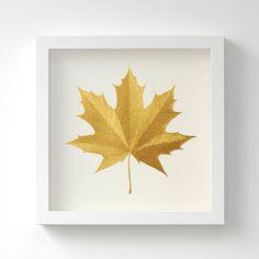 Wanddeko - Spitzahornblatt – Original in Gold – Ungerahmt - ein Designerstück von Silke-Spingies bei DaWanda