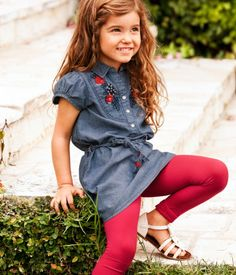 {girl} Leggings are an easy way for a girl to add a pop of color and an interesting layer.