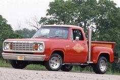 """'78 Dodge D-150 """"Little Red Express"""""""