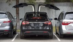 A handful of Tesla customers got early Christmas presents: their long awaited Model X cars.