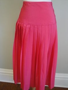 Retro Hot Pink Pleated Skirt by heydarlin on Etsy, $25.00