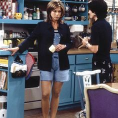 See Every Amazing Outfit Rachel Green Wore on 'Friends' | slice.ca