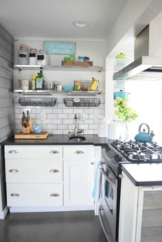 take home designer series new england kitchen tour of a dietitian and her paleo granola - Nook Kitchen