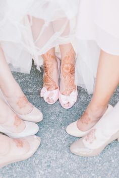 Who says you can't bring other traditions into your wedding?