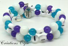 Bracelet d'allaitement OLFÉE  Blanc turquoise et par CreationsOlfee, $20.00