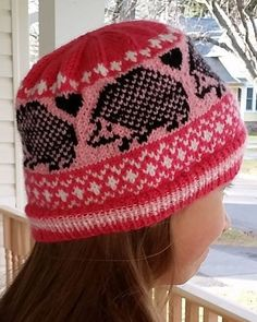 Free Knitting Pattern for Hedgehog Hat - Stranded colorwork beannie designed by Elise Cohen. Pictured project by knittymom
