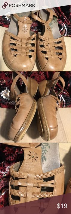 9.5M natural tan wedge Espedrine sandals 9.5M natural tan wedge Espedrine sandals. Gently worn in excellent condition. Semi adjustable ankle strap with velcro closure. Leather upper. Super cute braided and cutout details. Small scuff on the right heel - see pic. Easy Spirit Shoes Espadrilles
