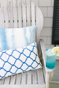 Photography: Ruth Eileen - rutheileenphotography.com  Read More: http://www.stylemepretty.com/living/2015/05/14/an-outdoor-refresh-with-pier-1-imports-diy-nautical-pillows/