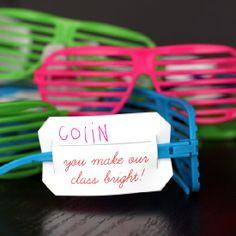 10 Romantic Glow Stick Ideas For Valentines – Glow Stick Wiki Valentine Crafts For Kids, Valentine Treats, Valentine Box, Printable Valentine, Valentine's Cards For Kids, Gifts For Kids, Glow Sticks, Classroom Fun, Holiday Fun