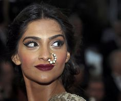 7 Bollywood Actresses Who Flaunted A Nose Rose Like A Boss - #bollywood #actress #nosering