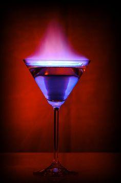 Flaming Martini Glass   zum Einstand für die Party! Danke euch, sind gerne dabei ;-)