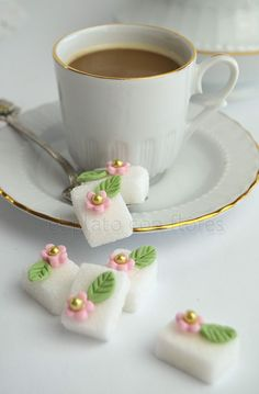 TUTORIAL: Making Decorative Sugar Cubes w/ Fondant Cut-outs