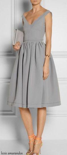 Beautiful dress.... - Street Fashion