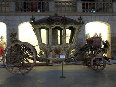 Coach in the Royal Collection, Portugal  I need this in my wedding.