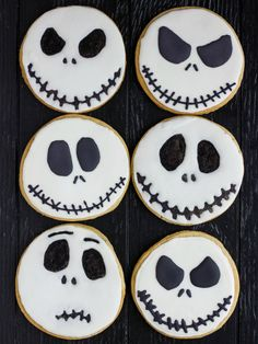 Jack Skellington Royal Icing Cookies, perfect for a #halloweenparty !