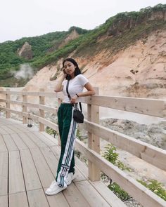 Baguio Outfit, Trendy Outfits, Fashion Outfits, Uzzlang Girl, Teenager Outfits, Cute Photos, Face And Body, Style Icons, Dress Up