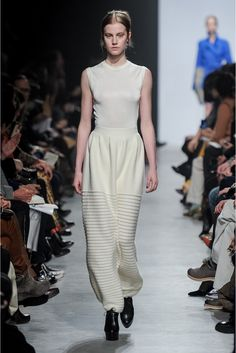Maison Rabih Kayrouz Fall 2013 Ready-to-Wear Collection Photos - Vogue