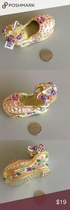 Swarovski Element Shoe Jewelry Trinket Box New Brand new. All sales are final. Jewelry