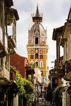 The Colombian city of Cartagena is alive with buzzing restaurants, bars, beaches and hotels Trip To Colombia, Visit Colombia, Colombia Travel, San Andreas, South America Destinations, Travel Destinations, Bolivia, Hotel Alma, Colombian Cities