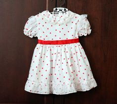 Vintage White and Red Heart Print Dress Size 2T by schatzli