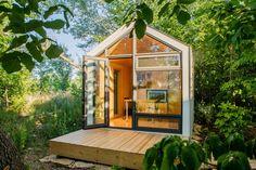 The Bunkie Co. Prefab Cabins, Prefab Homes, Modular Homes, Modular Furniture, Furniture Design, Building Structure, Modular Design, Modern Luxury, Home Builders