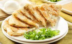 爱心早餐葱油饼的家常做法,简单、实惠、好吃
