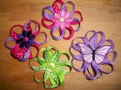Go grab some ribbon, and learn how to make these oh-so-cute Ribbon Flower Hair Bows! Go grab some ribbon, and learn how to make these oh-so-cute Ribbon Flower Hair Bows! Ribbon Hair Bows, Diy Hair Bows, Bow Hair Clips, Thin Ribbon, Lace Ribbon, Ribbon Embroidery, Ribbon Flower Tutorial, Hair Bow Tutorial, Barrettes