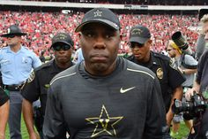 REPORT: Vanderbilt to extend head football coach Derek Mason = According to a Thursday afternoon report from Adam Sparks of The Tennessean, the Vanderbilt Commodores have agreed to extend the contract of head football coach Derek Mason. However…..