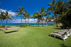 Sprawling Grass Yard Meets The Sea at Wailea Sunset Bungalow