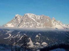#klockerhof #familiekoch #dashotelfürentdecker #zugspitzarena #tirol #winter #schnee Winter Schnee, Mount Everest, Mountains, Nature, Travel, Zugspitze, Viajes, Traveling, Nature Illustration