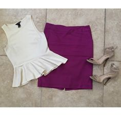 Purple/Plum Merona skirt!  Such a cute plum colored skirt. It's fully lined with 100% polyester. The Skirt is stretchy and is 97% cotton, 3% spandex. ️Size 2!! Perfect for the workplace, a dinner date, or event in your life! Dress it up or down. Small slit in back its so cute. Worn twice. In excellent condition. Practically new. Merona Skirts Midi